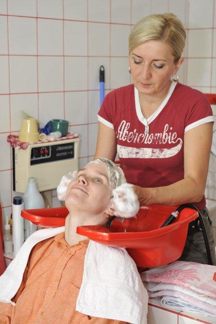 Jaroslava Vítková{{_AND_}}Jiří Ježek - Právě mi kadeřnice myje vlasy
