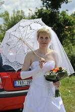 nevěsta s paraplíčkem