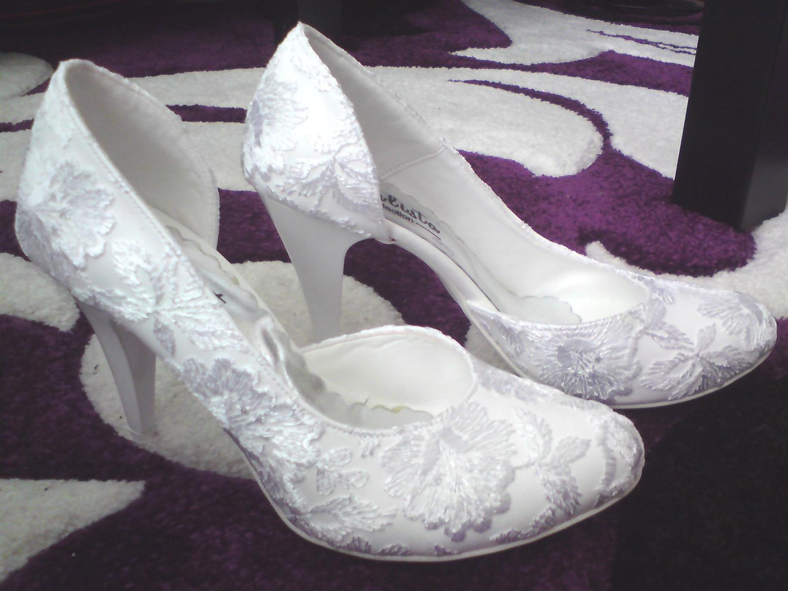 Naše predstavy - svadobne  topanky