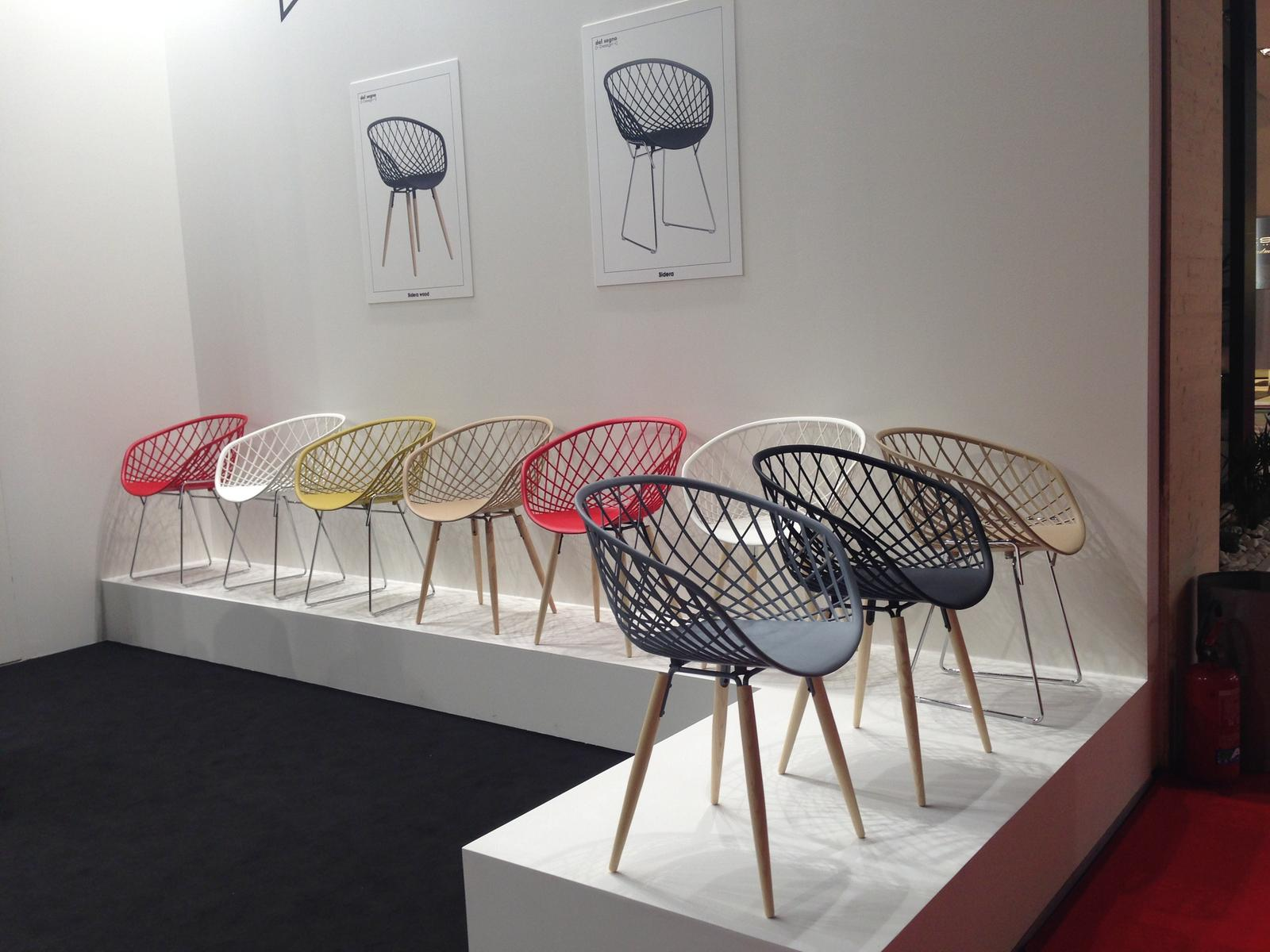 Milano - Salone del Mobile 2015 - Židle, židličky, stoličky...