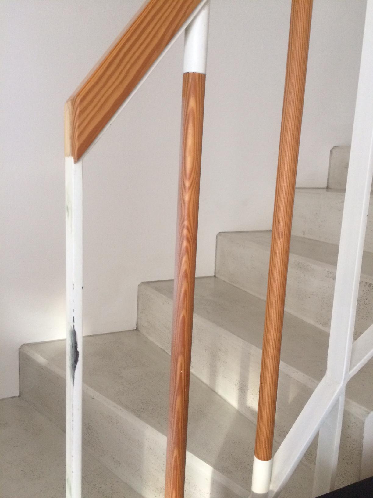 """Renovace schodiště - """"ocásek"""" je pryč, jdu natírat..."""