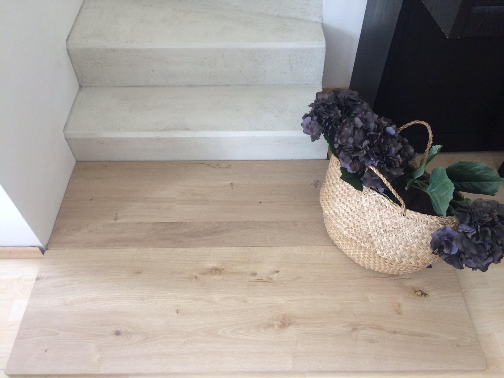 Renovace schodiště - ... a vybírat podlahu