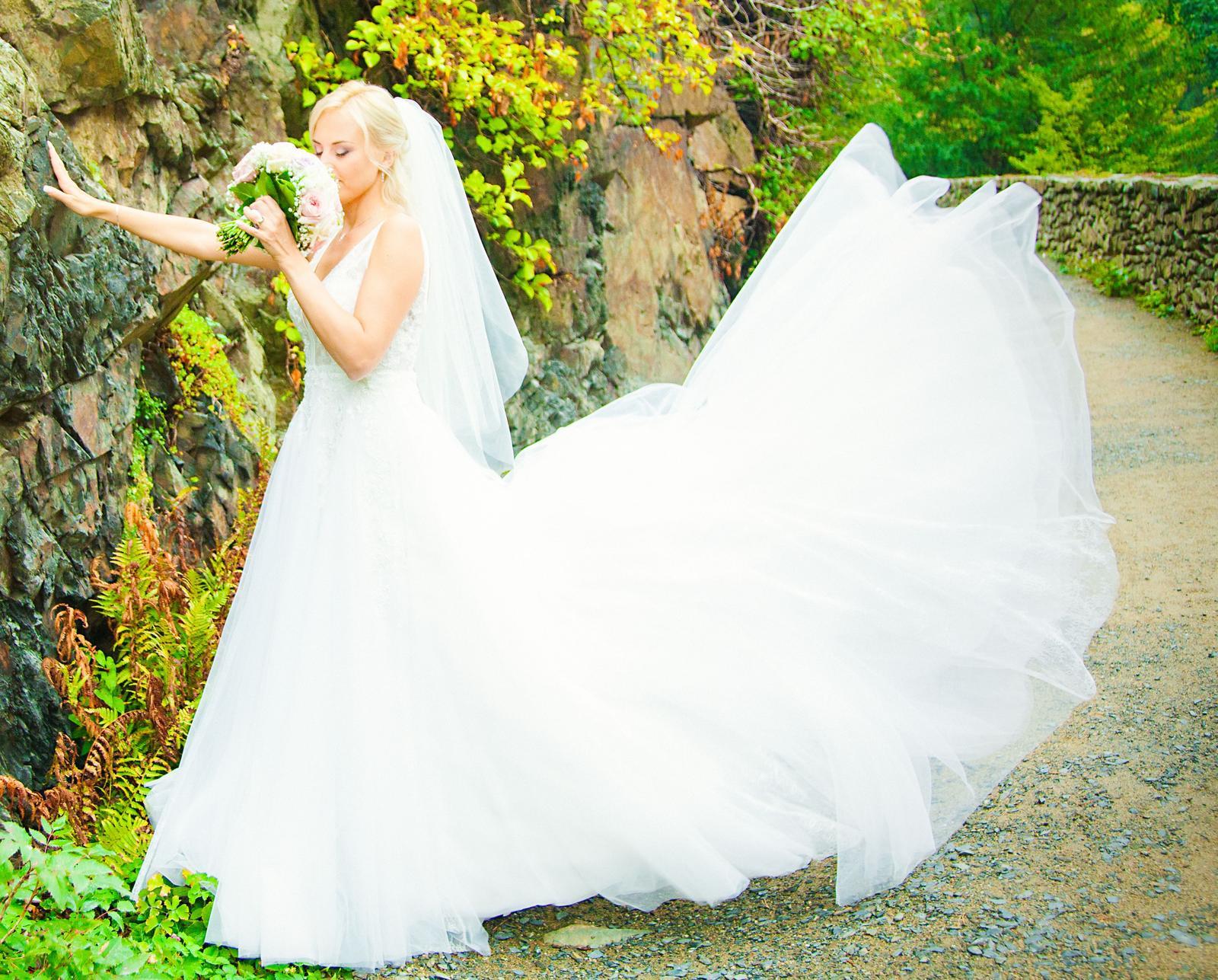 Svatební šaty 36, ivory - Obrázek č. 1