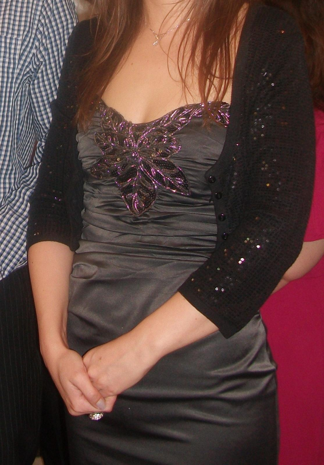 sive šaty - Obrázok č. 1