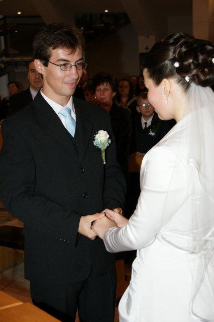 Martina Schlosserová{{_AND_}}Peter Palko - tu si hovoríme manželský sľub :)