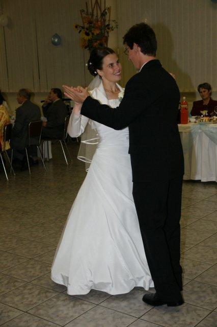 Martina Schlosserová{{_AND_}}Peter Palko - prvý spoločný tanec :)