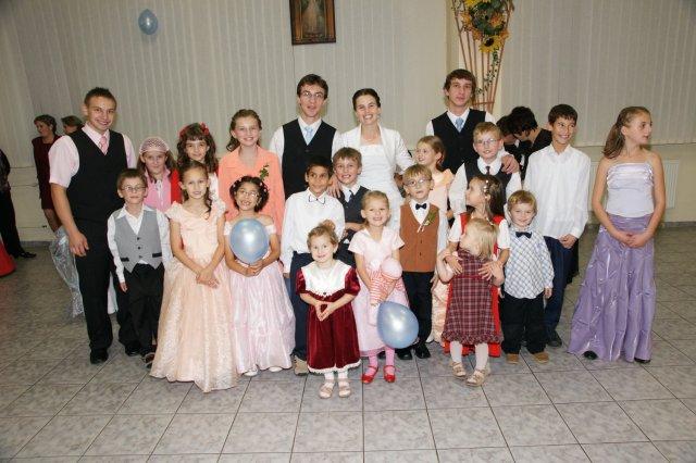 Martina Schlosserová{{_AND_}}Peter Palko - deti, ktoré boli na svadbe :)