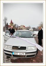 Foto Hanka Skácelová- šerpa - auto ženicha