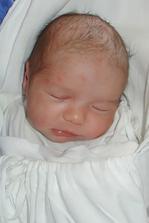 Náš syn jeden deň po narodení