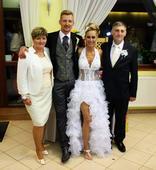 Extravagantne svadobne šaty, 36
