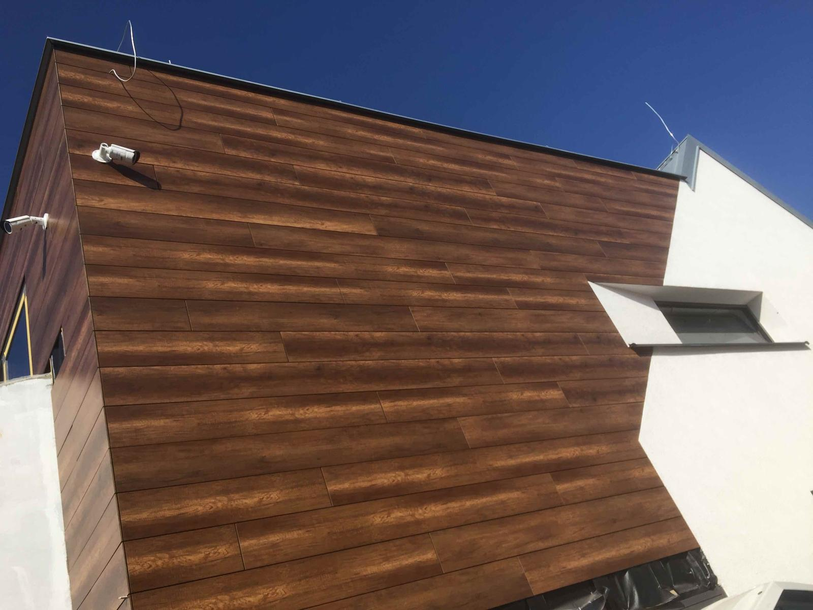 Odvetrané fasády - Odvetraná fasády HPL obklad