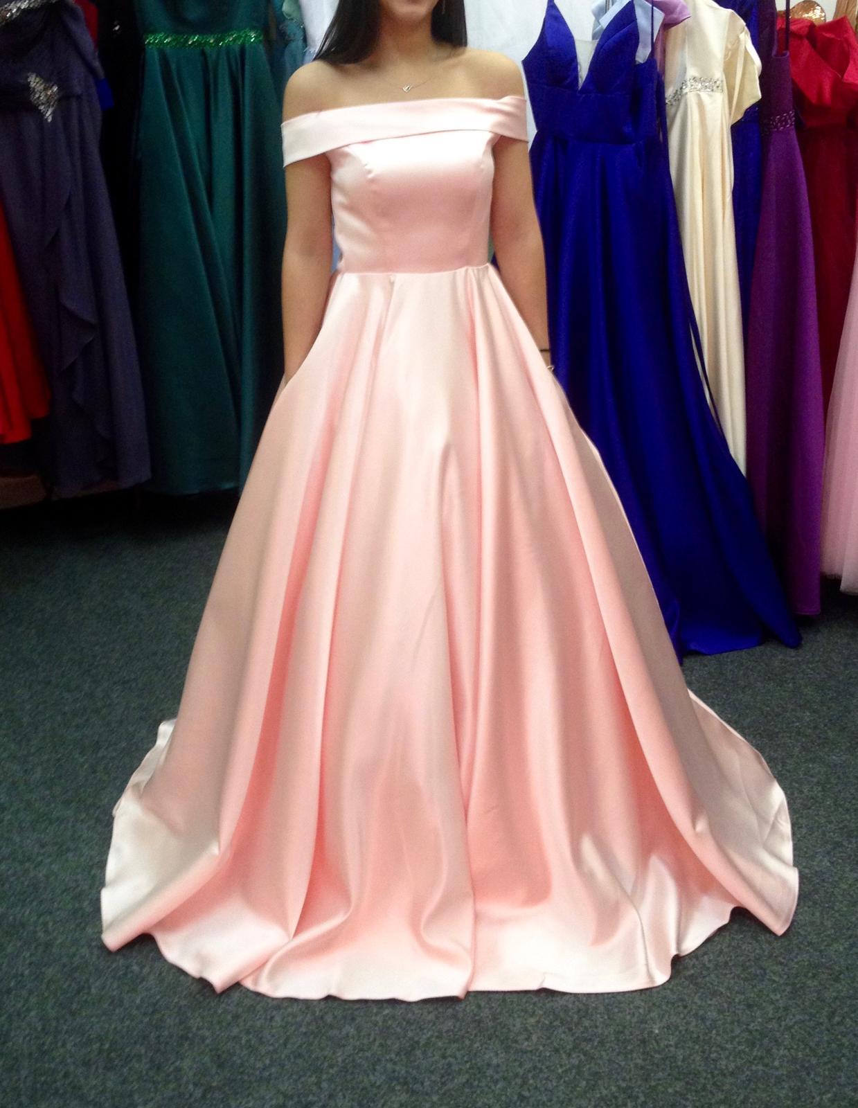 Hezké nové pudrově růžové svatební šaty - Obrázek č. 1