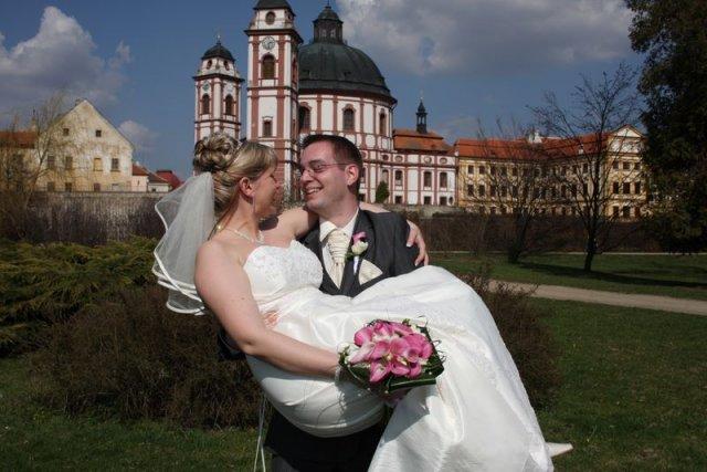 Lenka Kašparová{{_AND_}}Martin Krejčí - A že tě pustím??? :)