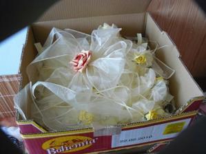 zatím jedna krabice :)