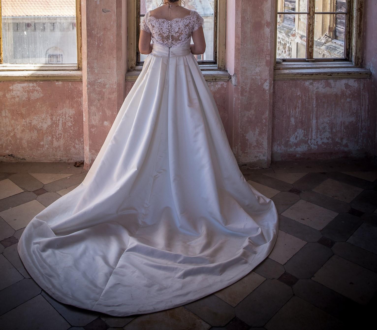 Svadobné šaty veľ.40 - Obrázok č. 1