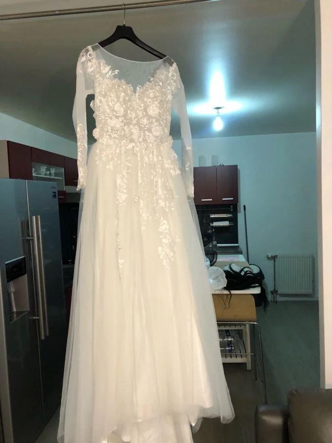Svadobné šaty veľkosť 42/44 - Obrázok č. 2