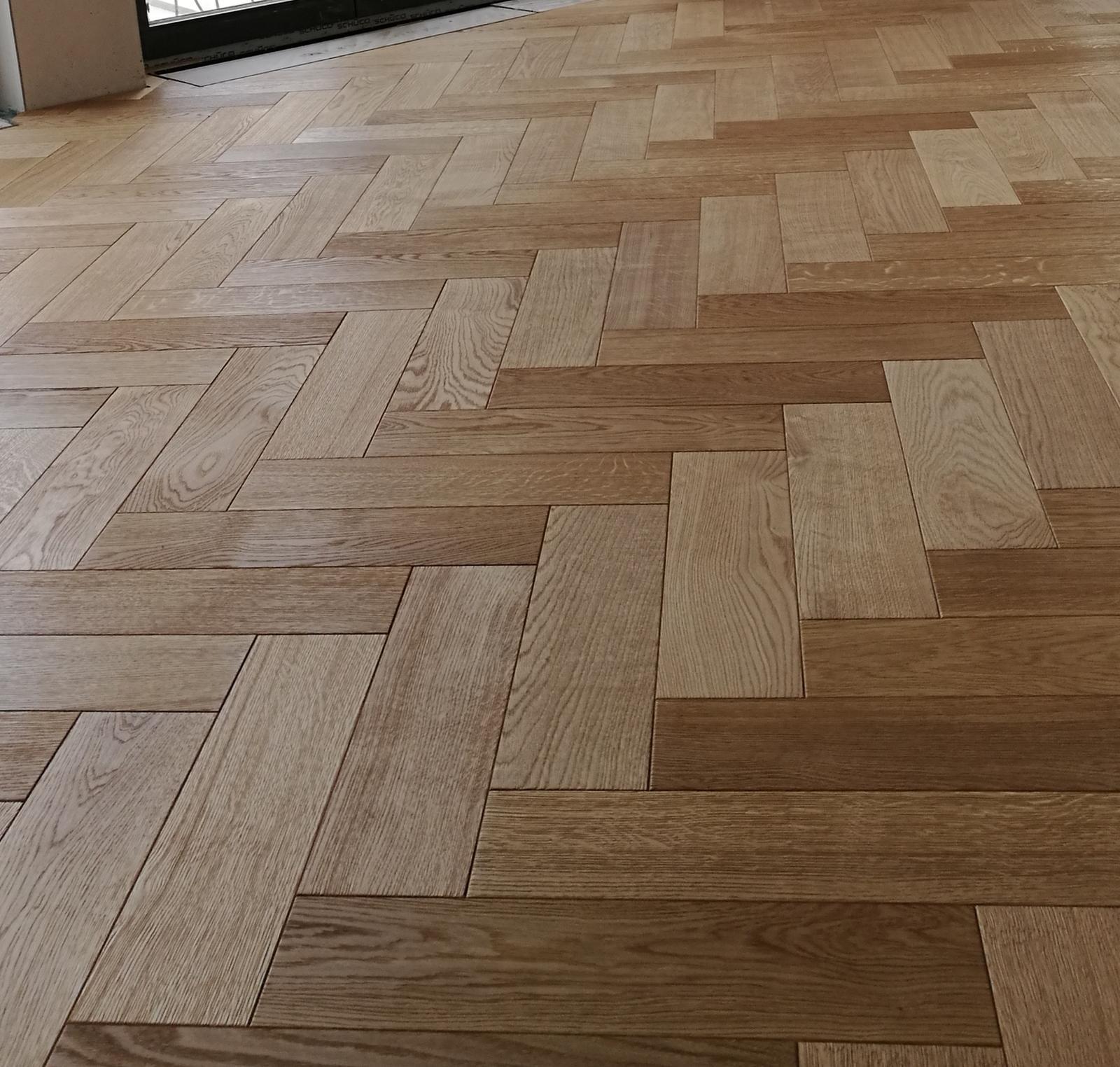 Heslo: Extravagancia & Luxus ❤️ - Koncom budúceho týždňa mame naplánovanú pokládku našej podlahy... dub-masív - olejované drevo... už sa nemôžem dočkať ako na ne stupím bosou nôžkou sú dokonalé!!!!