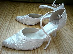 ... už mám aj topánočky ...