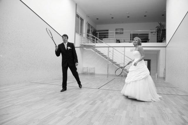 Zuzana Turzová{{_AND_}}Marián Kamenčík - trocha iné dresy na squash, ale prečo nie:)