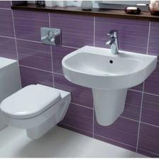 jedna z kúpeľní bude určite fialová...