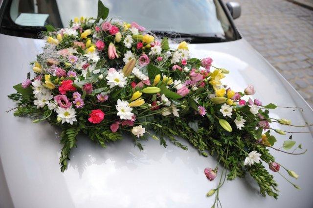 Svadba nebeská - takto bolo vyzdobené auto