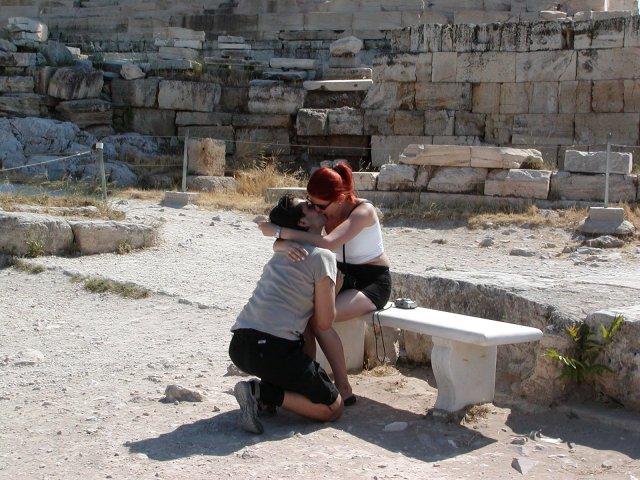 Rozpravkova svadba - Nase zasnuby pod Akropolou v Grécku v roku 2003.