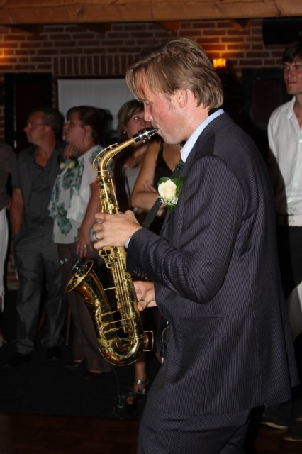 Super saxofonista a Robinuv svedek