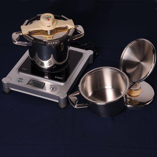 Par veci, co uz mame - a tlakac od zepteru je majster kuchyne :-)