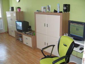 obývací stěna, PC kout