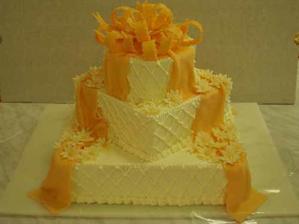 svatební dort poschodoví