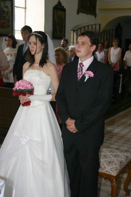 Vochechuláček a Vochechulka - dobře vidět moje šatičky v kombinaci bílé a šampaň