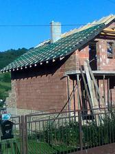 1.deň pokládky strechy - 29.6.2010