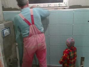 obkladanie sprchovacieho kúta (aj s pomocníkom)