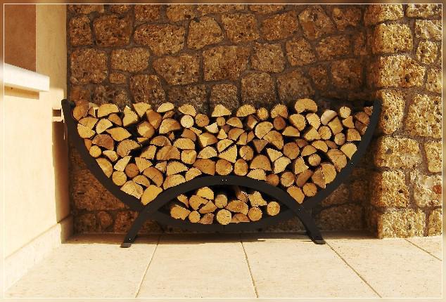 To je dřevíček, by se hodila na chaloupku