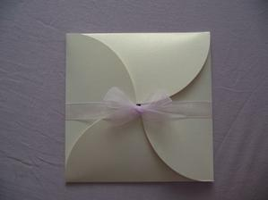 invite when folded, tying the bows was the trickiest thing...
