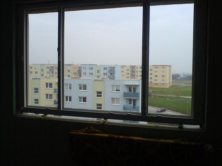 Vymienali sme okná  :) - nasadené nové okuláre na obyvačke