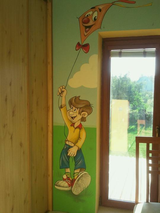 Nova detska izba pre nasu malu princeznu StrúHanku - Tento chlapček je Šaňo a jeho šarkan :-)