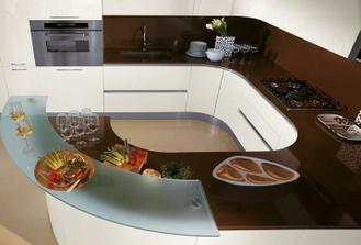 kuchyna s krivkami ako krááásne auto :-)