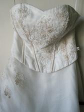 Šaty :)