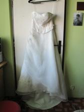 Moje šaty celé :)