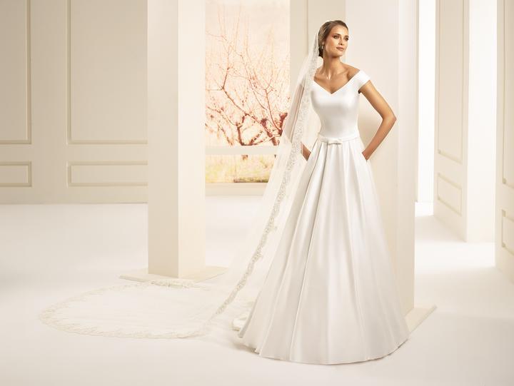 3e7c3f886c08 Weda Collection 2019 - nové svadobné šaty na predaj za skvelé ceny - Carmen  -