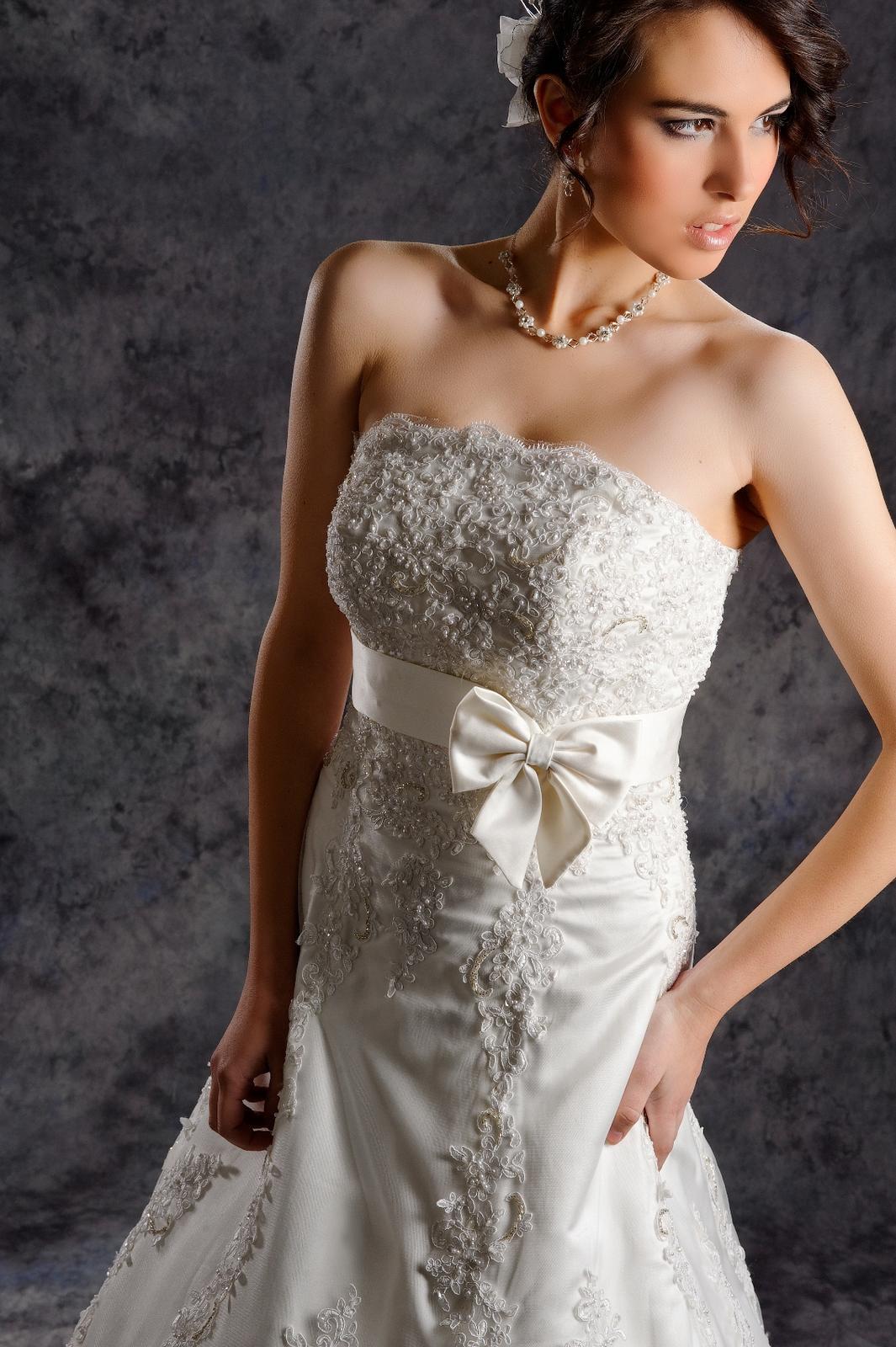 Svadobné šaty Vanessa, jediný kus vo výpredaji - Obrázok č. 3