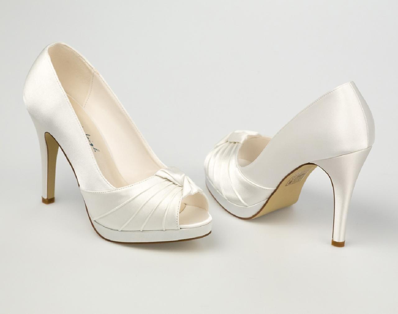 Svadobné topánky Gina, G. Westerleigh - Obrázok č. 1
