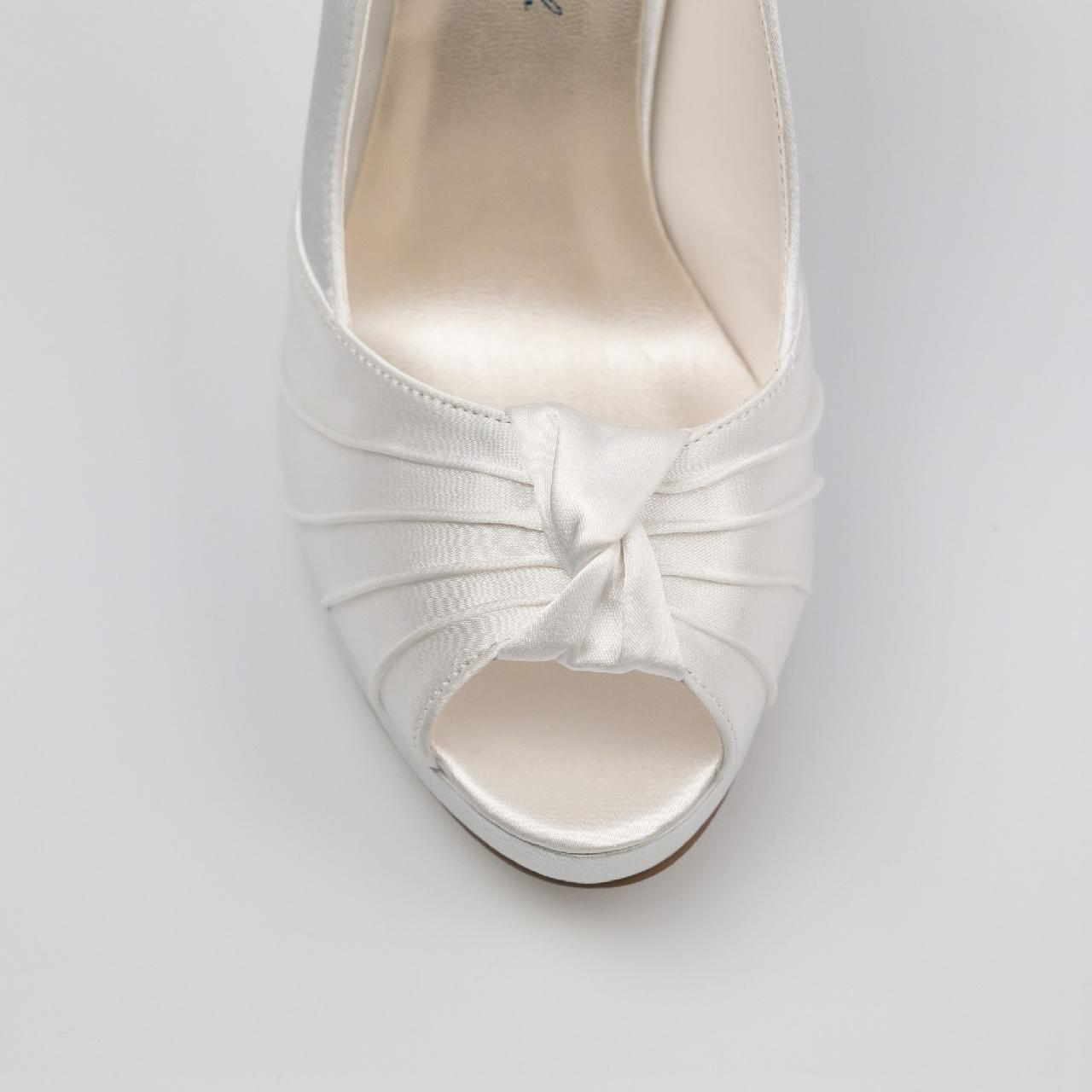Svadobné topánky Gina, G. Westerleigh - Obrázok č. 4
