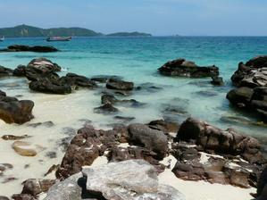 Khai Nai Island