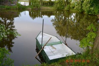 máme novou loďku, udělal ji přítel šikulka