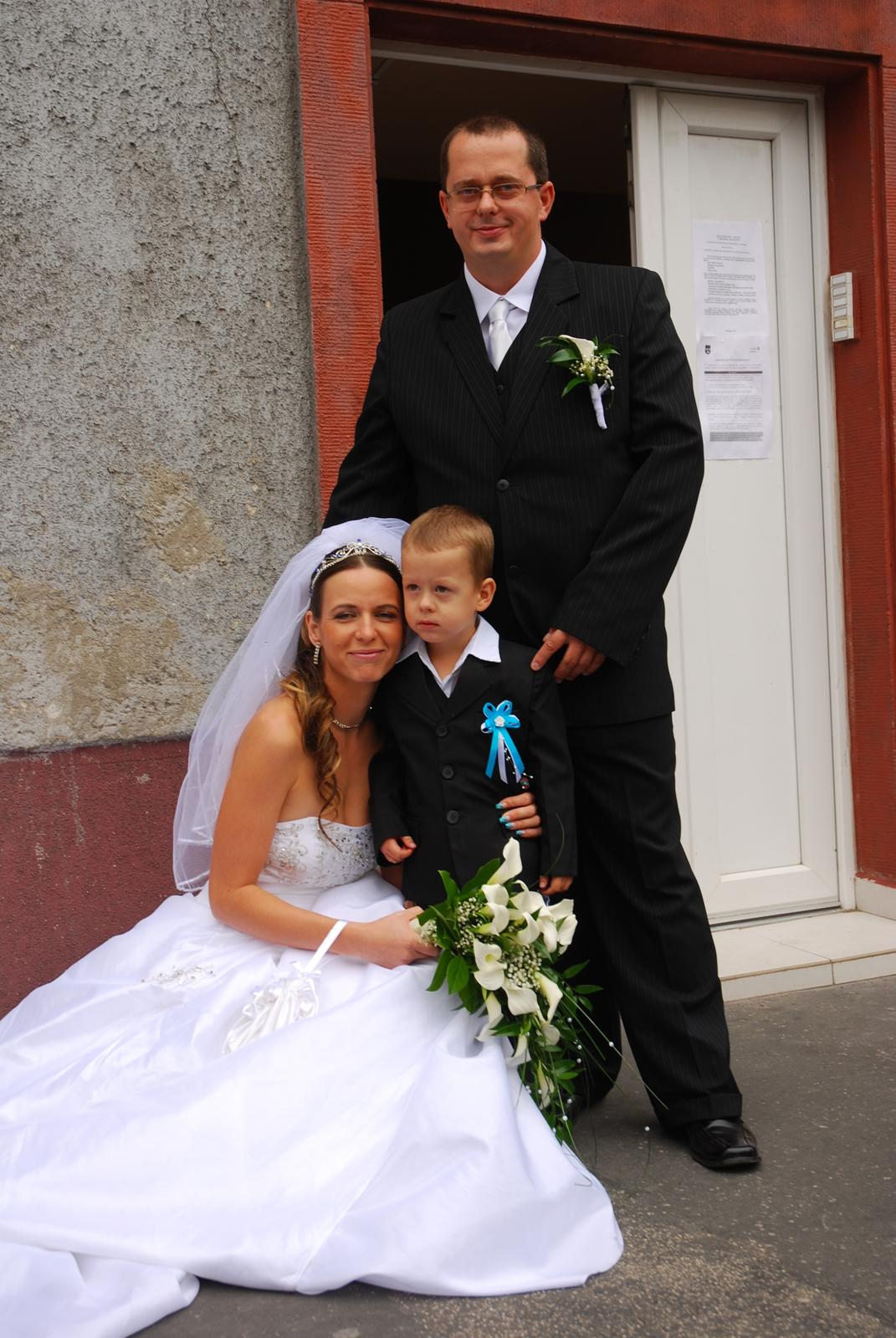 10. dec 2012 o 09 15 • Svadba bola v septembri 2012 • Odpovedz • Páči sa mi  to • 87ec888f6d