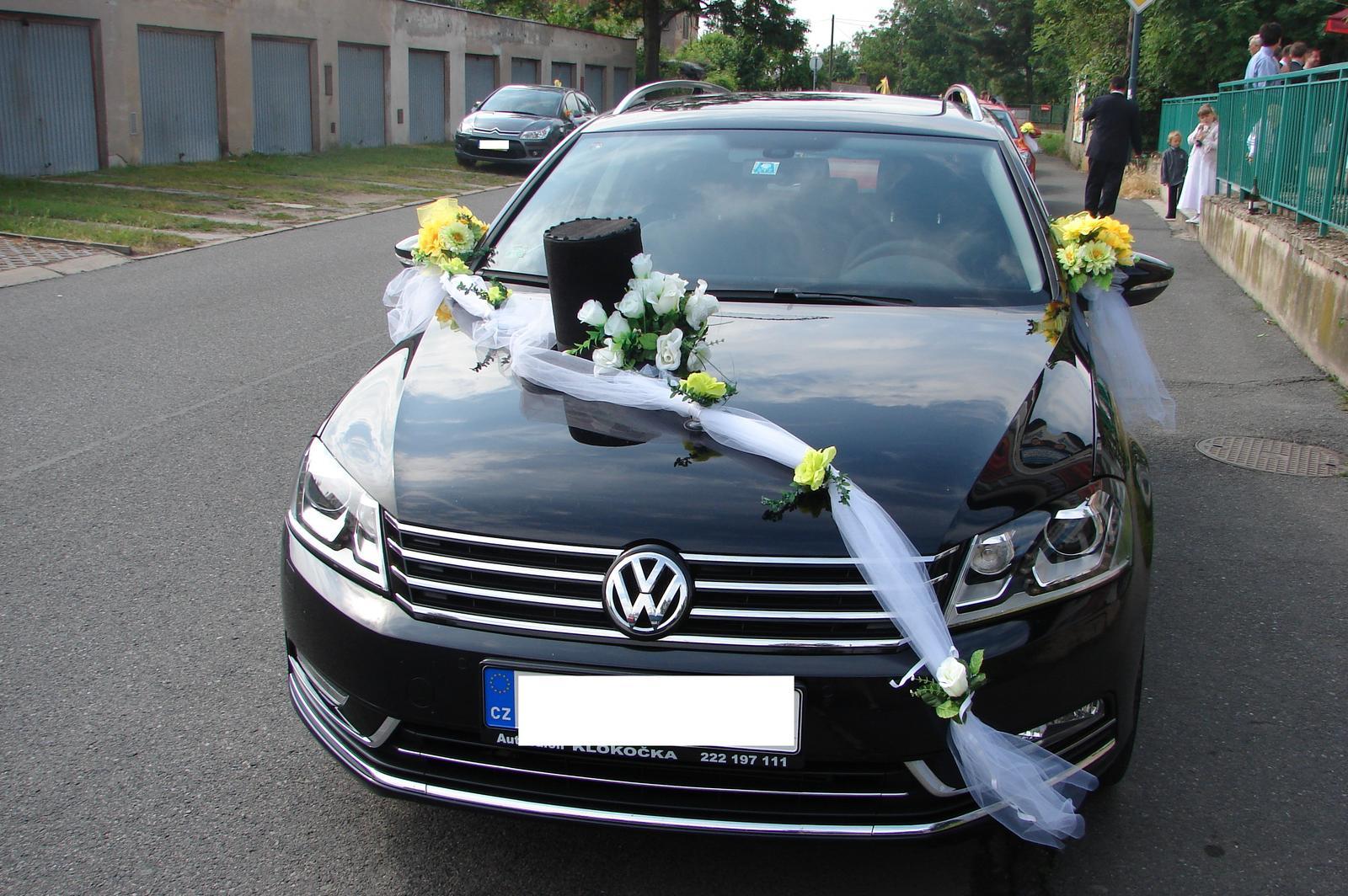 Klobouk a květina na svatební auto - Obrázek č. 2