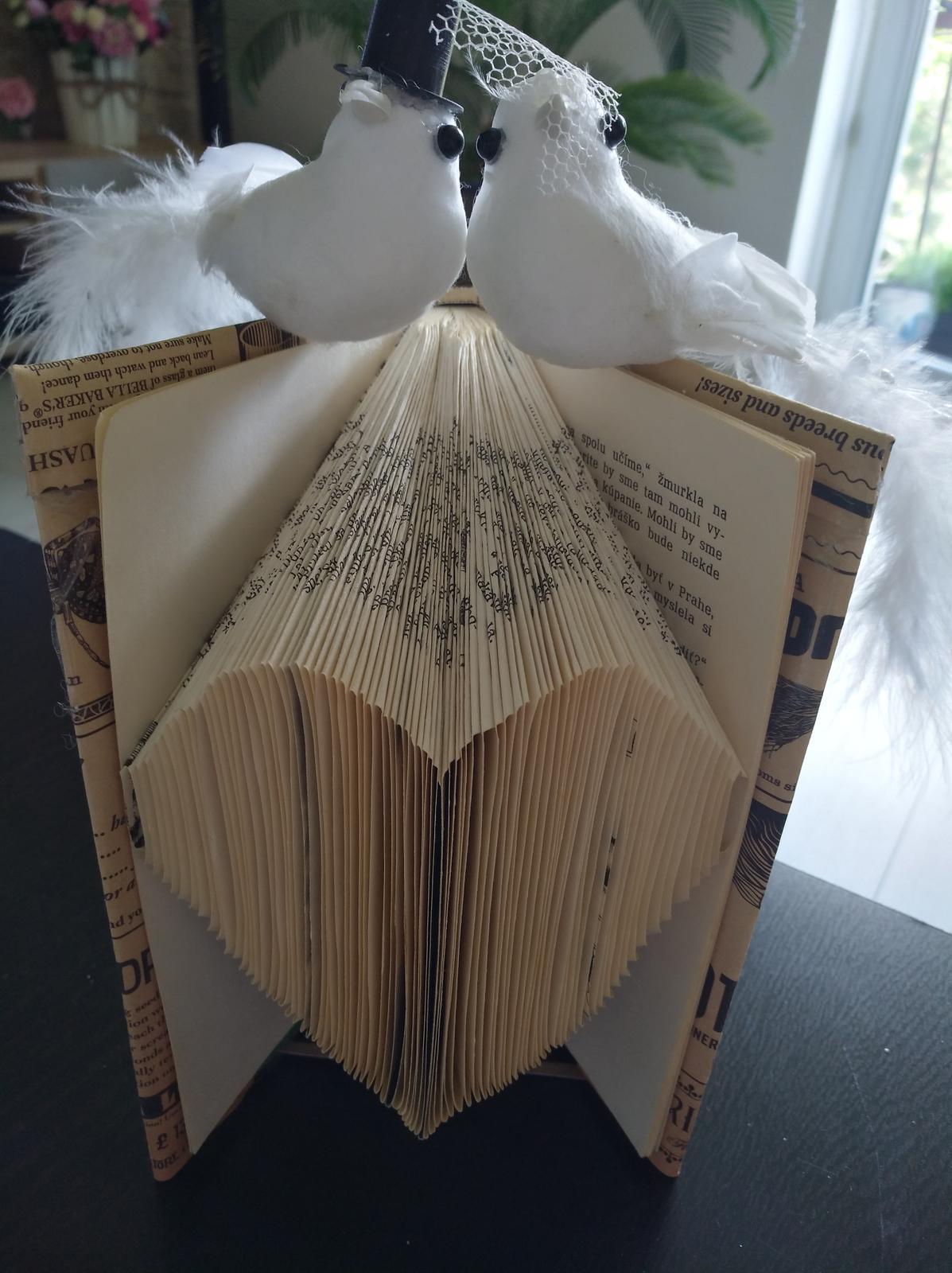 Ručne skladaná  kniha - srdce  - Obrázok č. 2