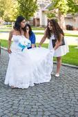Krajkové svatební šaty a krajkové bolérko zdarma , 36